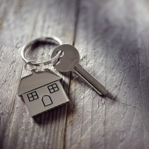 Cosa fare per acquistare un bene immobile o un terreno